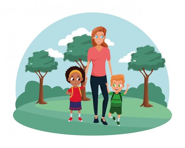 Alleinerziehende mutter der familie mit zwei kindern