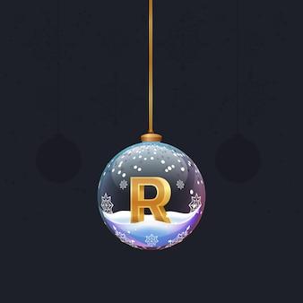 Alphabet-buchstabe im glas weihnachtsbaum spielzeug goldener 3d-buchstabe r in der kugel neujahrsdekoration