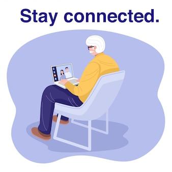 Alter mann, der laptop benutzt und video-chat mit familie hat.