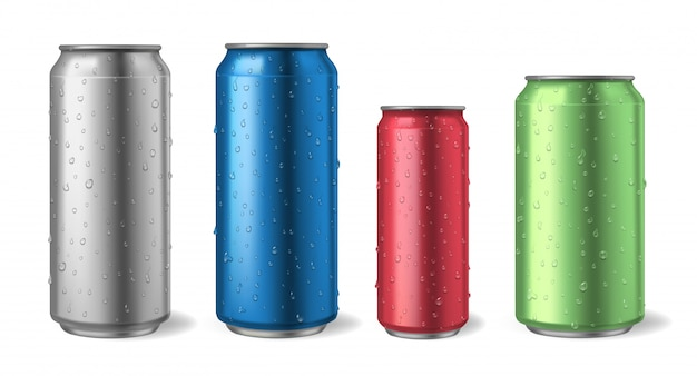 Aluminiumdosen mit wassertropfen. realistische metalldose modelle für soda, alkohol, limonade und energy-drink-illustrationsset. aluminium metalldose, energie und limonade illustration