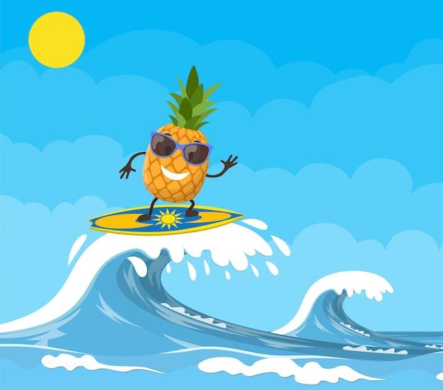 Ananas-charaktere, die auf welle surfen.