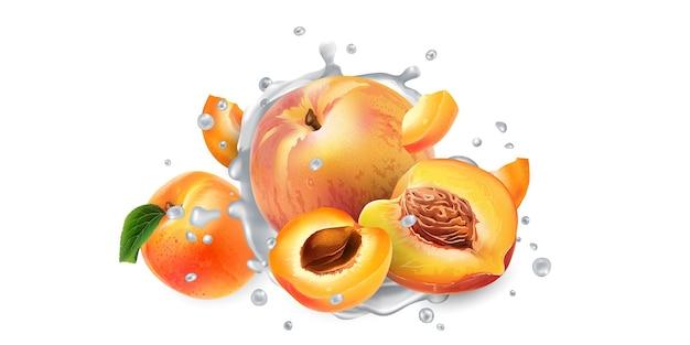 Aprikosen und pfirsiche in spritzer joghurt oder milch.