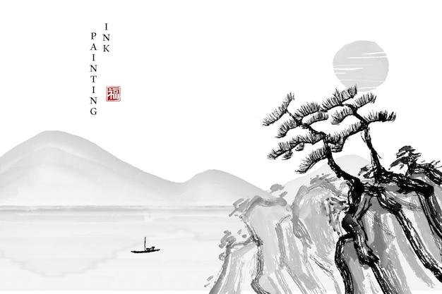 Aquarell-tuschemalerei-kunsttexturillustrations-landschaftsansicht der kiefer auf dem felsen- und berghintergrund.