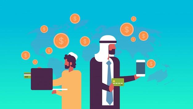Arabische geschäftsleute geldtransfer-e-payment-anwendung dollar münze globalen online-pay-konzept flache horizontale kopie raum