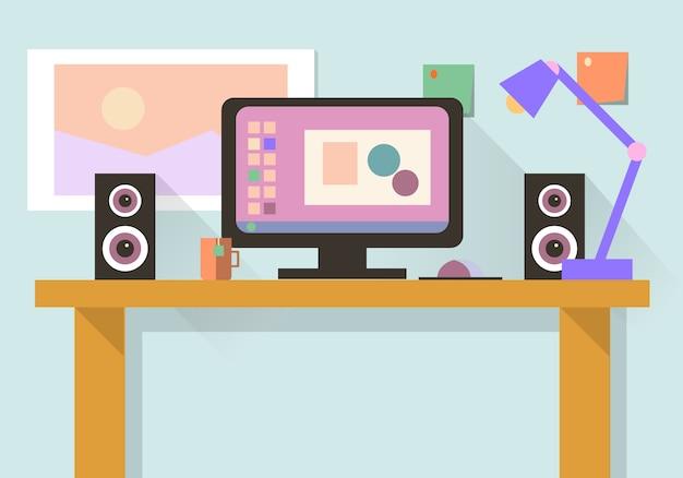 Arbeitsplatz mit computer, laptop, lampe, aufgabenliste, arbeitsprogramme auf monitor