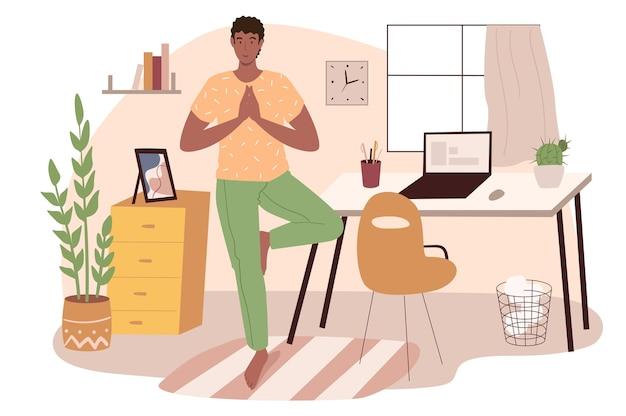 Arbeitsplatz-web-konzept. mann, der yoga-asana im büro macht. freiberufler oder telearbeiter, der in einem raum mit dekoration und pflanzen trainiert