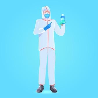 Arzt hält reagenzglas mit coronavirus-zellen probe impfstoffentwicklung kampf gegen covid-19