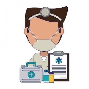Arzt mit erste-hilfe-koffer