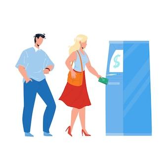 Atm-bank-maschine mit frau für bargeld-vektor zu bekommen. junges mädchen und mann verwenden atm-elektronische geräte, um geldscheine zu bekommen. charaktere finanzdienstleistungs-flache cartoon-illustration