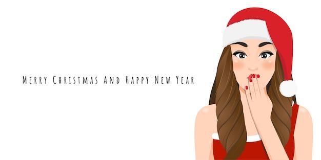 Aufgeregtes weihnachtsmädchen im roten kleid und in der weihnachtsmannmütze mit frohes neues jahr