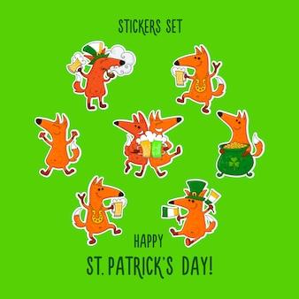 Aufkleber des heiligen patrick tages eingestellt mit füchsen und irischen simbols