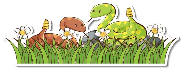 Aufkleber mit zwei klapperschlangen im grünen gras