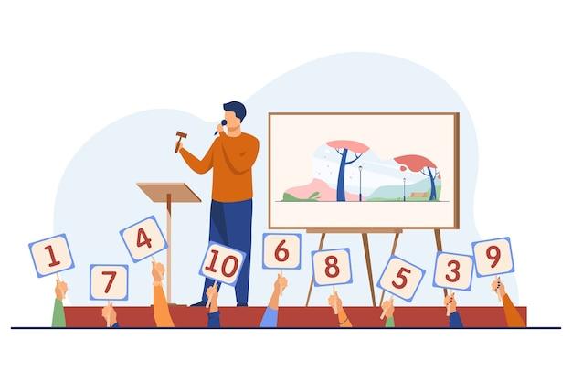 Auktionator mit hammer, der kunstwerke auf der bühne verkauft. käufer, die zeichen mit angebotsflachvektorillustration halten. auktion, handel, bieten