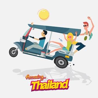 Auto mit drei rädern mit tourismus. tuk tuk. bangkok, thailand.