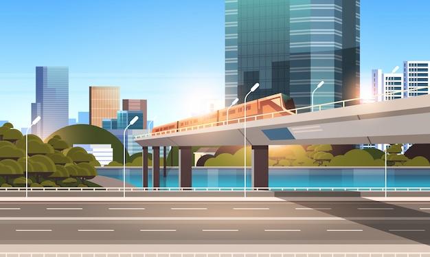 Autobahnstraße stadtstraße mit modernen wolkenkratzern