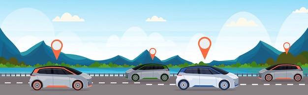 Automobil mit standort pin auf der straße online-bestellung taxi carsharing-konzept mobiltransport carsharing-service berge fluss landschaft hintergrund flache horizontale banner