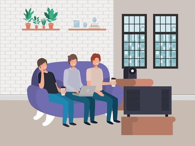 Avataramänner, die auf der couch sitzen