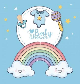 Babypartyregenbogenwolken-cartoongeklapper-friedensstifter-kleidungskarte