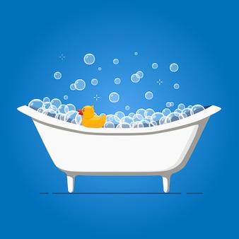 Badezeit-vektor-illustration mit badewanne und gelber gummiente. sprudelwasserschaum in badewanne und spielzeug.