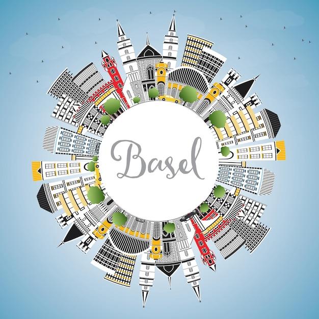 Basel schweiz city skyline mit farbigen gebäuden, blauem himmel und textfreiraum. vektor-illustration. geschäftsreise- und tourismuskonzept mit historischer architektur. basler stadtbild mit wahrzeichen.