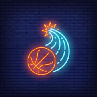 Basketball, der durch wand bricht und neonzeichen fliegt