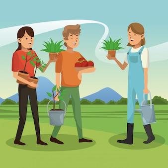 Bauernfamilie mit tomatenernte