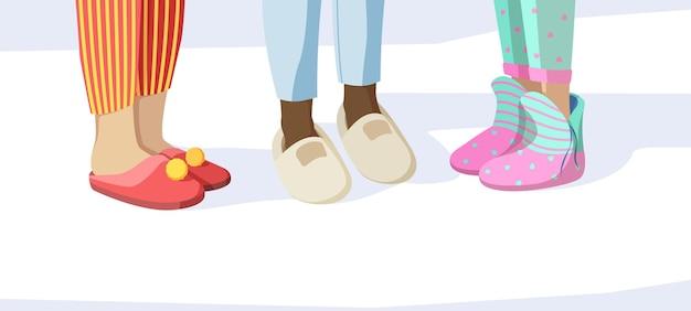 Beine in hausschuhen. pyjama-party-konzept kinder in nachtkleidung textile weiche sandalen vektorbilder set