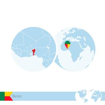 Benin auf der weltkugel mit flagge und regionaler karte von benin. vektor-illustration.