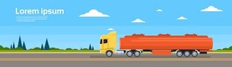 Benzin-Tunker-LKW-Auto auf Straßen-Frachtversand