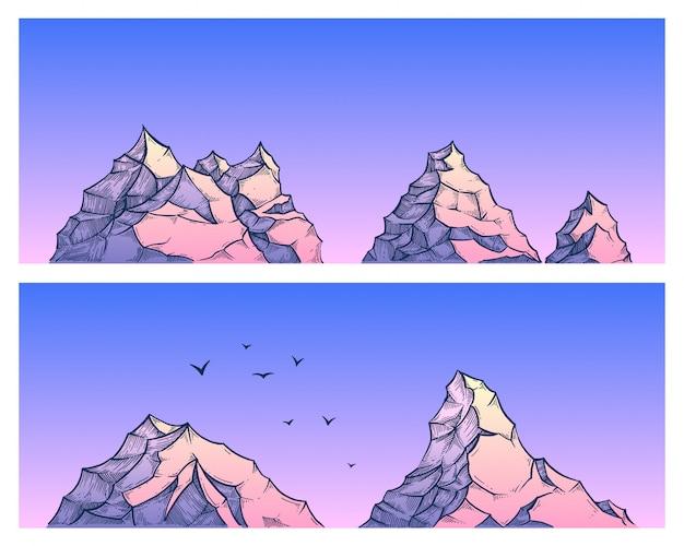 Berge am blauen himmel gesetzt