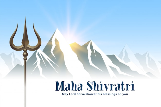 Berge und trishul-waffe für das shivratri-festival