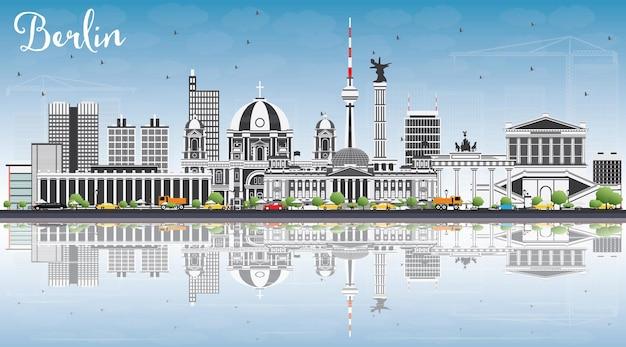 Berliner skyline mit grauen gebäuden, blauem himmel und reflexionen. vektor-illustration. geschäftsreise- und tourismuskonzept mit historischer architektur. bild für präsentationsbanner-plakat und website.