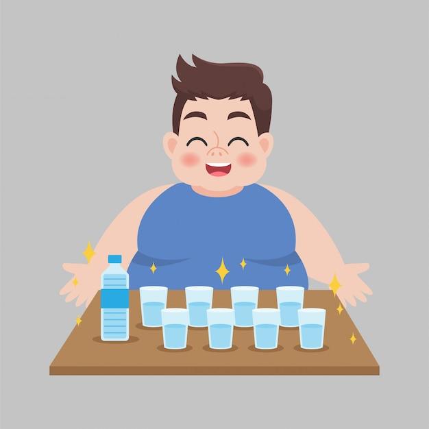 Big fat man liebt es, frisches wasser zu trinken