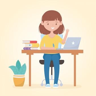 Bildung online-studentin, die im schreibtisch mit laptop-buchstift studiert