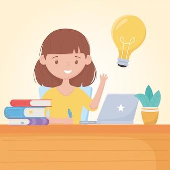 Bildung online-studentin im schreibtisch mit laptop-büchern und pflanze