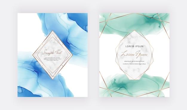 Blaue und grüne alkoholtintenkarten mit polygonalen rahmen aus marmor und gold