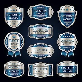 Blaue und silberne erstklassige vintage abzeichen- und aufklebersammlung