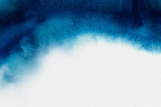 Blauer aquarellhintergrund mit leerem raum