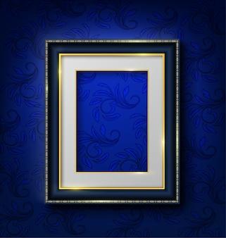Blauer weinleserahmen auf blauer wand