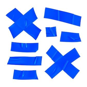 Blaues klebeband-set. realistische blaue klebebandstücke zum befestigen lokalisiert auf weißem hintergrund. klebekreuz und papier geklebt. realistische 3d-illustration