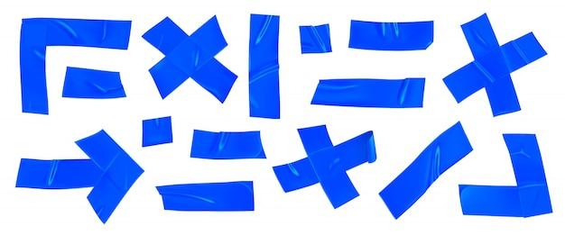 Blaues klebeband-set. realistische blaue klebebandstücke zur befestigung isoliert. pfeil, kreuz, ecke und papier geklebt.