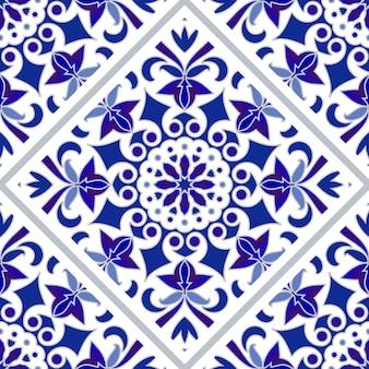 Blaues und weißes fliesenmuster