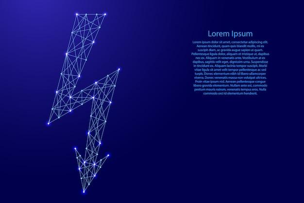 Blitzzeichen, symbol der elektrischen spannung von futuristischen polygonalen blauen linien und leuchtenden sternen für banner, plakat, grußkarte.