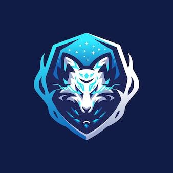 Blue fox mit schild emblem abzeichen logo design-vorlage