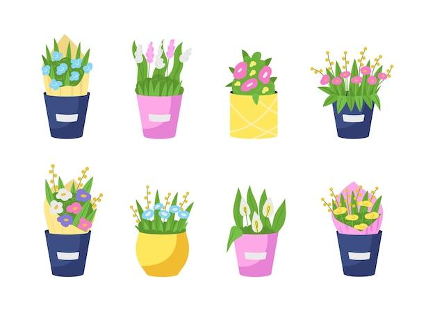 Blumensträuße in vasen flach eingestellt.