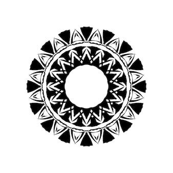 Boho-mandala-illustration in schwarzweiss, rundes design des hippies. stammes-geometrisches mandala-vektordesign, polynesisches hawaiisches tattoo-stilmuster mit wellen, dreiecken und abstrakten formen.
