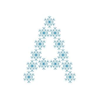 Buchstabe a von schneeflocken. festliche schrift oder dekoration für neujahr und weihnachten