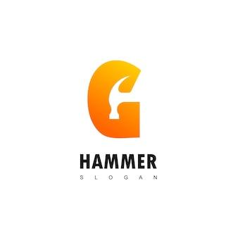 Buchstabe g goldener hammer logo