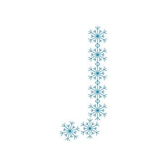 Buchstabe j aus schneeflocken. festliche schrift oder dekoration für neujahr und weihnachten