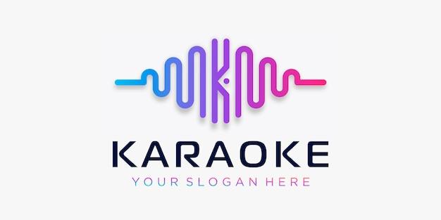 Buchstabe k mit puls. wellenelement. logo-vorlage elektronische musik, equalizer, laden, dj-musik, nachtclub, disco. audio-wellen-logo-konzept, thematische multimedia-technologie, abstrakte form.